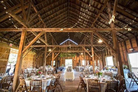 scheune vintage jocelyn and daniel virginia farm wedding rodes farm