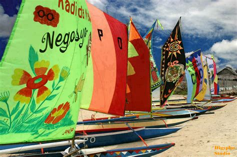 history of vinta boat file vinta boats in bigiw samal island jpg wikipedia