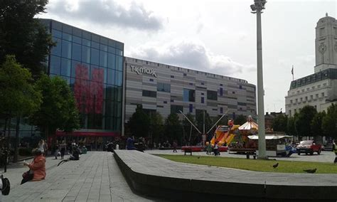 the mall luton shopping centre think luton the mall luton england omd 246 men tripadvisor