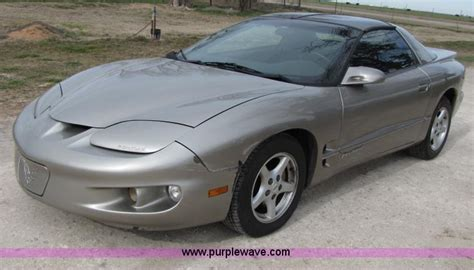 2000 pontiac firebird v6 2000 pontiac firebird item b2168 sold february 8
