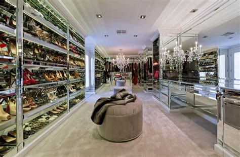 Closet Mall by Milanesegal Amazing Closets