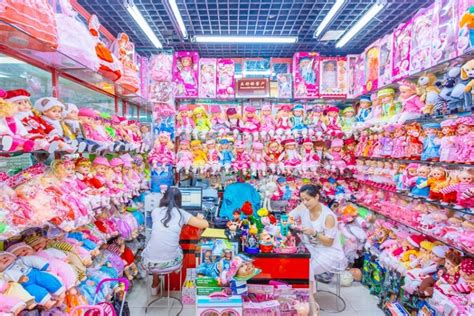 yiwu wholesale markets buying small volumes from china eye popping photos of the overwhelming array of products