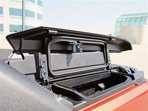 Chevy Bed by 2007 Chevy Avalanche Bed Compartment Photo 8