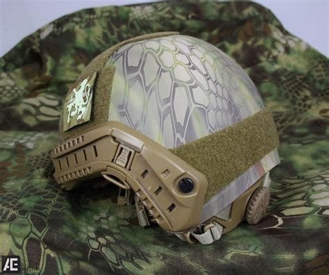 Vas Pelepet Bulat review emerson gear replica mh fast helmet airsoft news