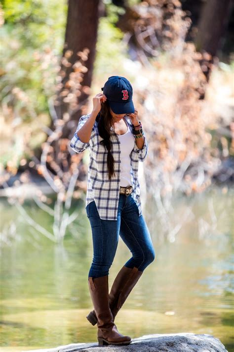 love themes for hike best 25 cute hiking outfit ideas on pinterest athletic