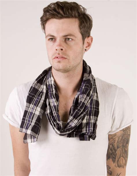 shop s scarf