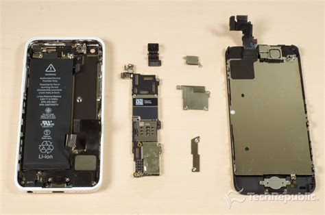 how to open a iphone 5s cracking open the apple iphone 5c techrepublic