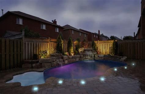 lighting around pool deck solar cynergy solar led paver lights inhabitat