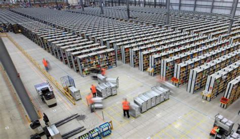 amazon warehouse finally amazon shows how it fulfills 1 1b orders every