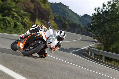 Ktm Rc8r Top Speed 2014 Ktm 1190 Rc8 R Review Top Speed
