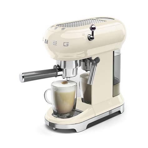 Machine à café expresso ECF01CREU   Smeg   Smeg FR
