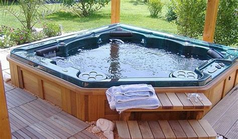 Large Spa Tub Spa Picture Images