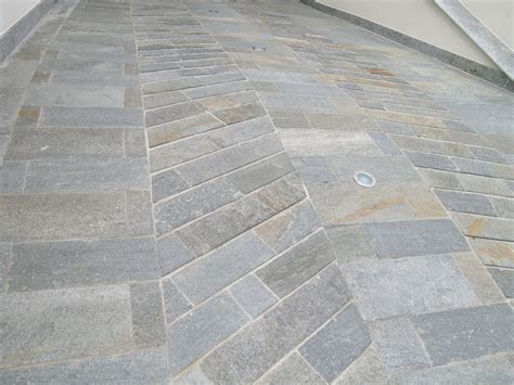 pavimenti in luserna pavimenti in pietra di luserna cava bettoni