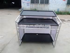 la table en aluminium mobile du march 233 pour la cabine