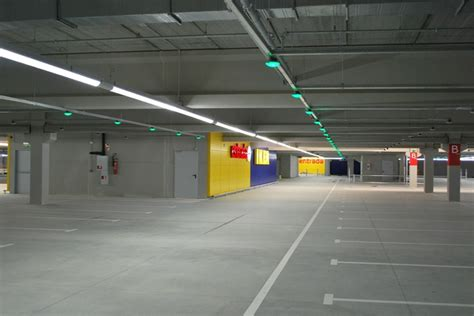 beleuchtung tiefgarage verkehrssichere beleuchtung f 252 r parkh 228 user und tiefgaragen