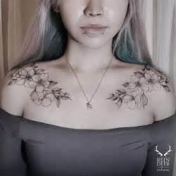 25 best ideas about feminine shoulder tattoos on