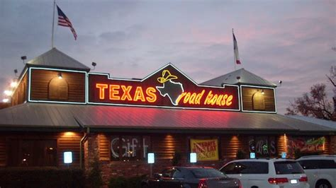 texas road house hours texas roadhouse text messaging caign averages 17 redemption rates tatango