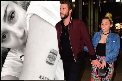 liam hemsworth tattoo liam hemsworth mirror