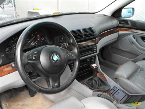 grey interior 2002 bmw 5 series 540i sedan photo 47613212
