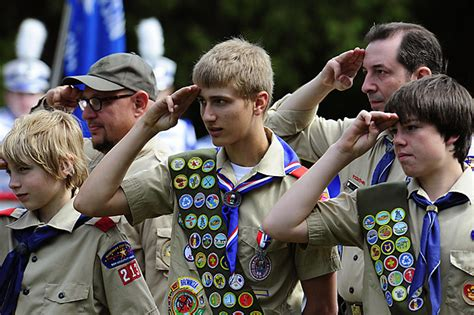 boy scouts of america careers ceo on scouts governing board opposes ban on gays