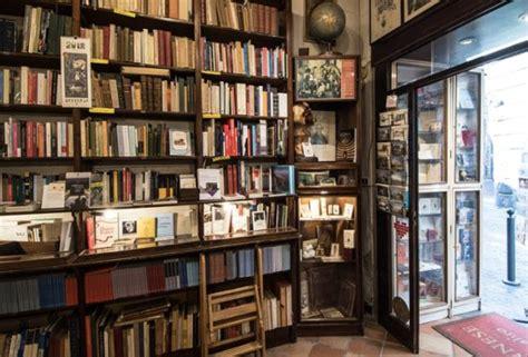 libreria caserta l interno della libreria 2 kuva libreria antiquaria