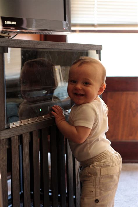 7 ways to baby proof your home it forward