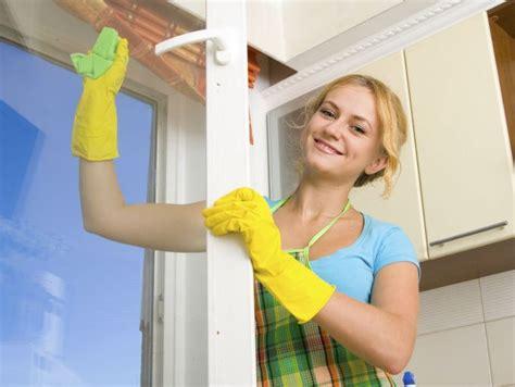 imagenes graciosas limpiando la casa tienes razones para limpiar tu casa mam 225 slatinas