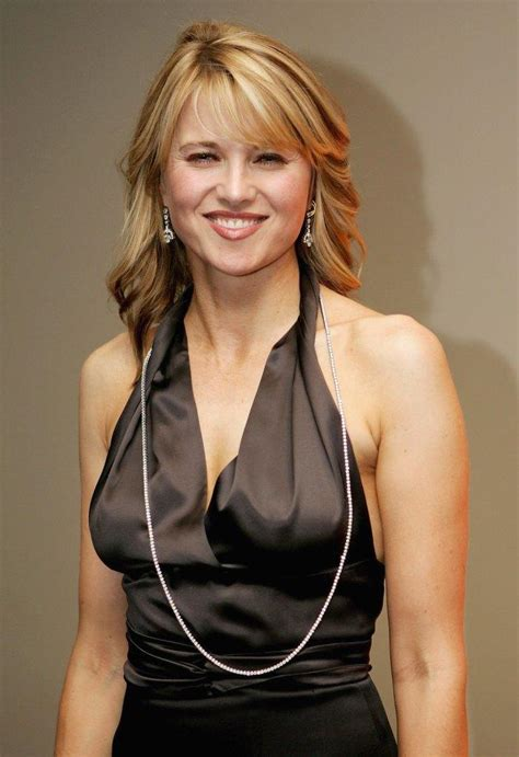 lucy lawless new zealand lucy lawless pictures and photos fandango