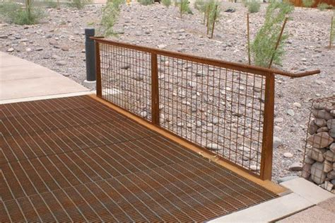 steel wire fence http www lunagrate images inside products 51wire big jpg hog wire fences arbors