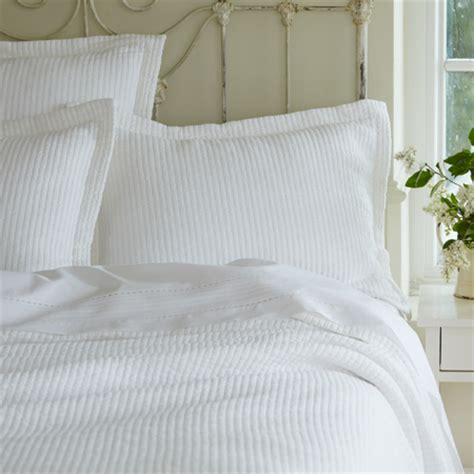 white quilts and coverlets hudson white matelasse coverlet rosenberryrooms com