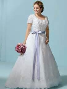 plus size vintage wedding dress the benefit of vintage lace wedding dresses wedwebtalks