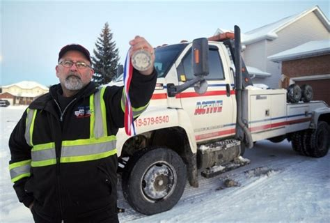 Truck Driving School Kitchener by Kitchener Tow Truck Driver Gets Bravery Medal Therecord