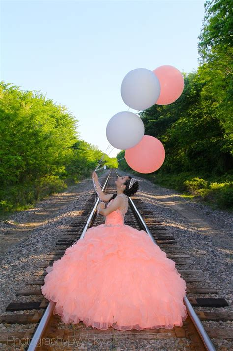 quinceanera themes ideas coral coral dress quincea 241 eras photographybyvicky mis quince