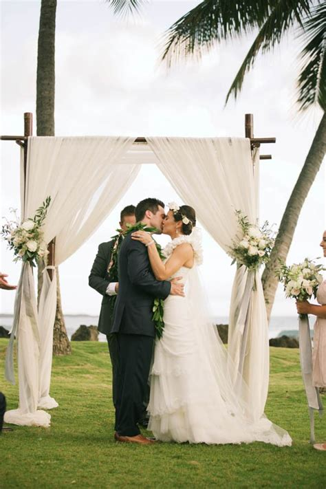 white orchid beach house hawaiis wedding planners and stylish hawaiian wedding at white orchid beach house