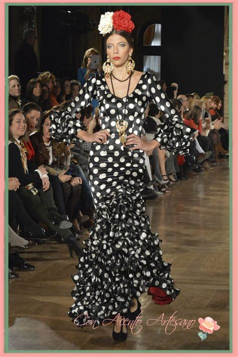 traje de flamenca negro de lunares blancos de luisa perez en we love 17 best images about we love flamenco on pinterest
