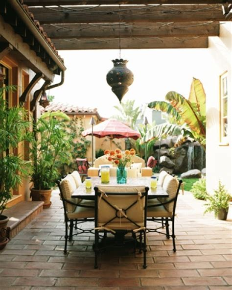 backyard dining area ideas 12 best images about spanish patio on pinterest spanish