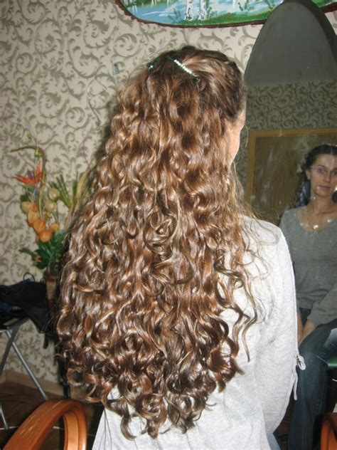 spiral perms for long hair spiral perm on long hair short hairstyle 2013