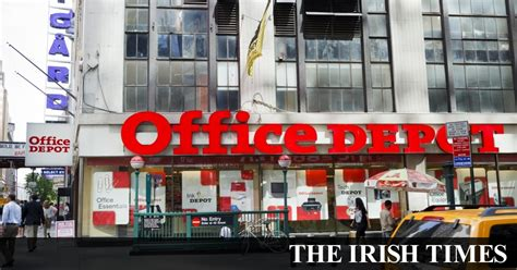 Office Depot Closing Time by Office Depot To 300 More Stores In Bid To Cut Costs