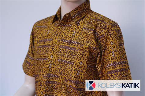 Kemeja Batik Priarangrang Kuning kemeja batik otentik papua kuning koleksikatik