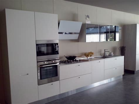 cucine laccate cucina valdesign cucine cucina laccata bianco opaco con