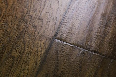 Undeniable advantages of textured laminate flooring   Best
