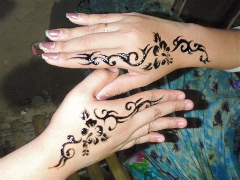 feminine hand tattoos designs girly tattoos designs best design