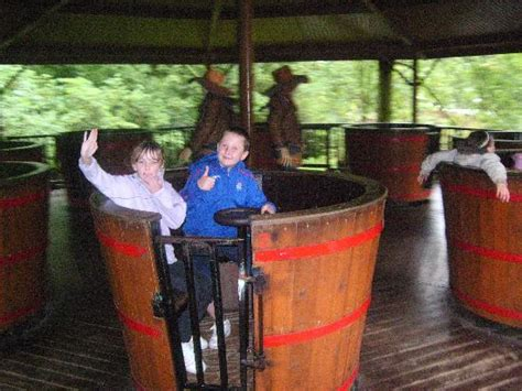 theme park hshire making a splash picture of gulliver s world warrington