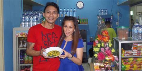 Kopi Liong Bulan Khas Bogor Murah Dan Mantap jual makanan yang laris manis martabak