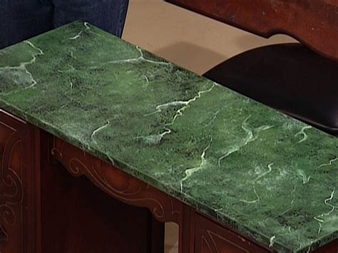 faux marble painting technique how to paint a faux marble surface how tos diy