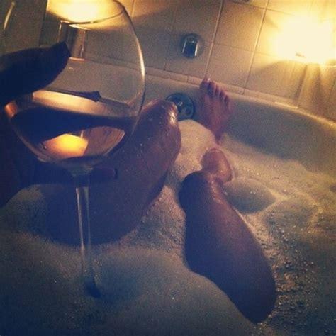 bathtub wine bath peaceful relaxing wine image 359561 on favim com