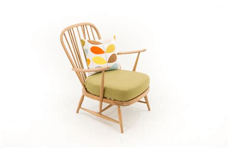 ercol windsor armchair ercol windsor armchair furnish co uk