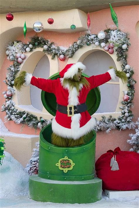 whoville decorations online garbage can dumpit to crumpit whoville the o jays the grinch and