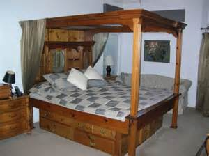 California King Canopy Bed For Sale Waterbed With Mirrored Canopy California King 550
