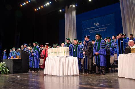 Suny Buffalo Mba by Ub School Awards Diplomas To 143 Graduates